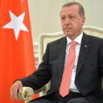Erdoğan gubi tlo pod nogama